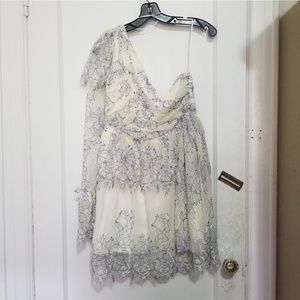 Alice MCCALL size 8 white lace one shoulder dress